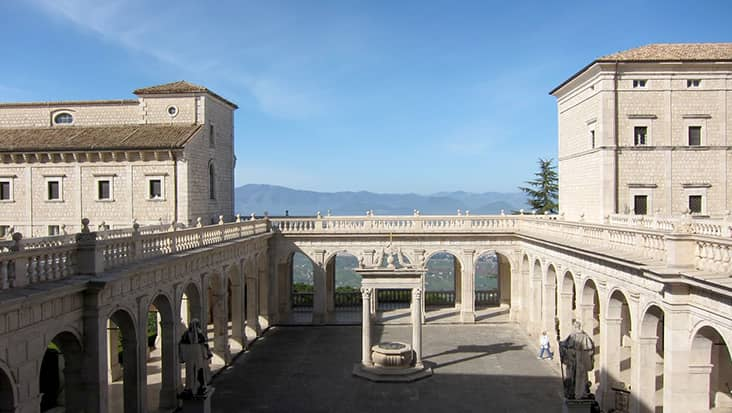 images/tours/cities/abbey-of-montecassino-view-from-stairs-3.jpg