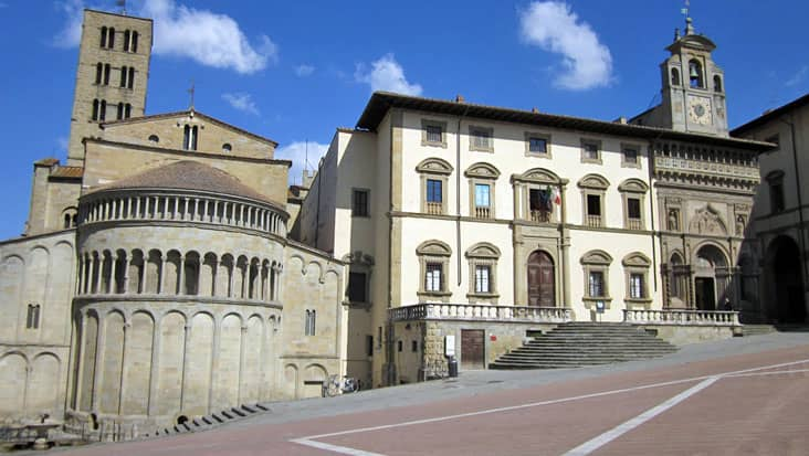 images/tours/cities/arezzo1.jpg