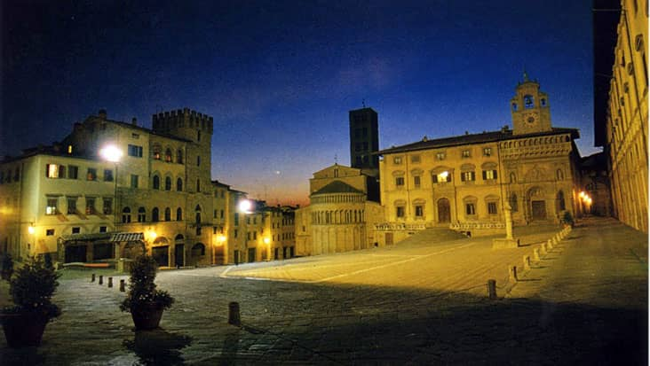 images/tours/cities/arezzo4.jpg