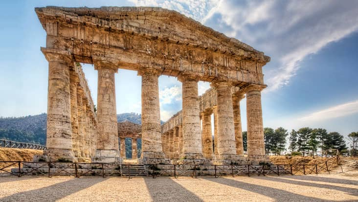 images/tours/cities/segesta-greek-temple.jpg